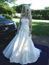 Manuel Mota Wedding Dress New size 12