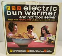 Vintage Cornwall Electric Bun Warmer w/Lid in Avocado Green In original box