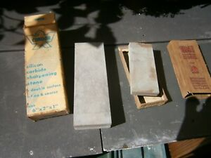 VINTAGE  PAIR OF SHARPENING STONES CONDOR/UNI