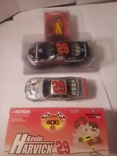 Kevin harvic Mixed Lot Of 3 - Looney tunes 1/24 Goodwrench 1/24 Pennzoil Figure