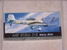 "Maquette FUJIMI 1/72ème Ju-87 STUKA D-5  ""WHITE MILK"""