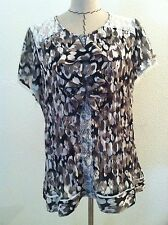 Notations woman blouse black white gray ruffle white lace crinkle stretc size 1X