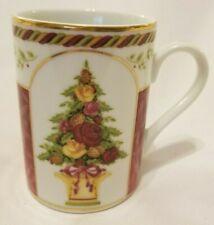 ROYAL ALBERT, SEASONS OF COLOUR, OLD COUNTRY ROSES COFFEE MUG. 12 OZ
