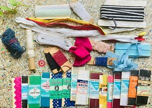 Grab Bag Colorful Threads Needlepoint Sewing Kit Zippers Floss Embroidery Lace