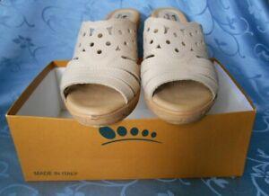 Spring Step Melancholy Wedge Beige Sandals