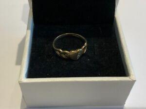 Small Stunning 9ct Gold Heart CZ Ring Size J Girls Signet