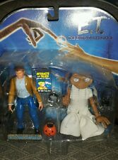 Toys R Us exclusive E.T. The Extra Terrestrial  Heyman Interactive Talks on Card