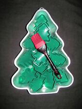 '86 Wilton Christmas Tree Cake Pan, 12 Silicone Cupcake or Jell-O & Pastry Brush