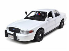 2010 FORD CROWN VICTORIA UNMARKED POLICE CAR SLICK TOP WHITE 1/24 MOTORMAX 76932