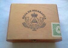 HOJO DE NICARAGUA Wooden Cigar Box 7 1/2in x 5in x 2 1/2in