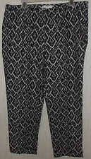 NEW!  WOMENS CHICO'S PRINT CAPRIS / CROPPED PANTS  SIZE 3  (16)
