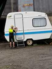 Ultra lightweight Freedom Sunseeker Caravan