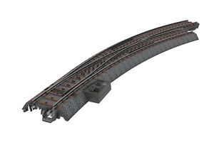 New from Märklin! 24772 Right Hand R3 Wide Radius Curved C Track Turnout Switch