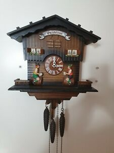 Schmeckenbecher Animated Octoberfeest musical Cuckoo Clock -fully working