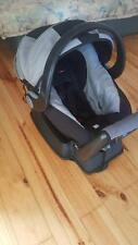 Britax safe n sound baby carrier and capsule