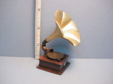 Miniature Gramophone - #T8532 Resin Made from Town Square 1/12th Scale