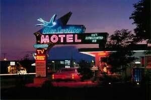 Roadside Postcard Route 66 - Blue Swallow Motel, Tucumcari, New Mexico