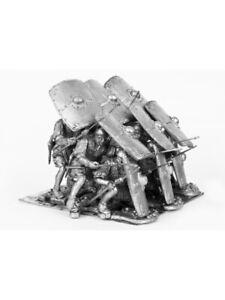 Tin soldier Roman wars. Pillum group turtle 54 mm