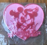 Vintage Disney Heart Shaped Pin Badge Valentine's Day 1990 Mickey Minnie Hugging