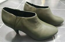 M&S Ladies Size 6 Wide Fit  Ankle Shoe Boots Olive Green Leather Brand New