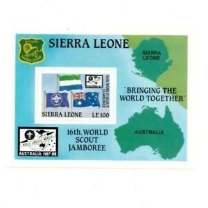 VINTAGE CLASSICS - Sierra Leone 928 - Boy Scouts - Souvenir Sheet - MNH
