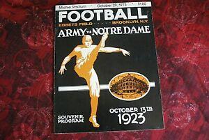 Army vs Notre Dame Football Game Program October 20, 1973
