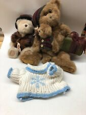 2 Boyds Bears And Extra Sweater
