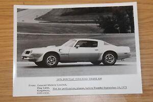 Pontiac Firebird Trans Am 1976 by General Motors Press Photos