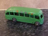 VINTAGE LESNEY MATCHBOX No.21A GREEN BEDFORD DUPLE LUXURY COACH