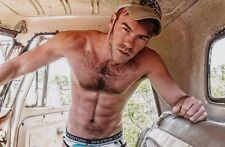 Shirtless Muscular Male Country Boy Dude Hairy Chest Abs Attitude PHOTO 4X6 D210