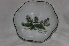 Royal Worcester Herbs Round Scalloped Bowl Peppermint
