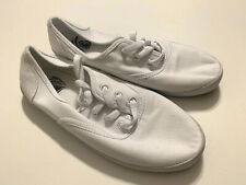 The Childrens Place Canvas Lace-Up White Sneakers Size 5.