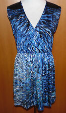 Schickes Kleid mit Pailletten Gr.40/42