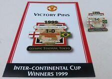 MANCHESTER UNIYED V PALMEIRAS 1999 INTERCONTINENAL CUP VICTORY PINS CARD & BADGE