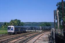 Original Photograph: Metro-North M3a 8053 appr Spuyten Duyvil IB