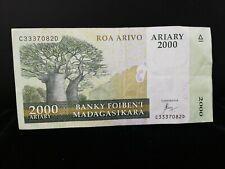 MADAGASCAR 2000 ARIARY BANKNOTE