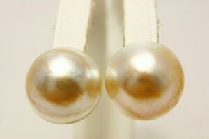 Mabe Pearl Earrings 15mmUP Cream color 18K