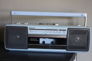 Sony Sound Rider CFS-210 FM/AM Stereo Cassette-Corder BLUE RARE