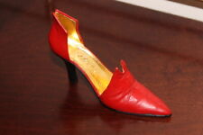 """Just The Right Lovely Miniature Shoe """"Red Devil"""" 1999 item #25082 with box Coa"""