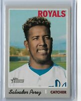 2019 Topps Heritage Baseball French Text Parallel Salvador Perez #402