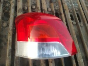 05-10 Toyota Yaris hatchback tail light assembly (driver)