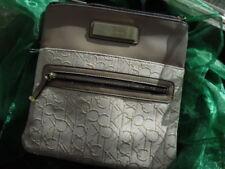 Calvin Klein - Handtasche mit langem Riemen - Neu