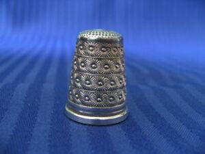 Fingerhut 925 Silber mit schönem Muster