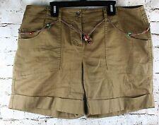 Liz & Co Shorts Womans Size 14 Petite Brown Stretch Beaded Belt Pockets