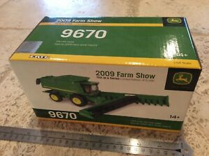 Ertl 2009 Farm Show Limited Edition John Deere 9670 Combine 1/64