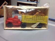 COMPLETE Vtg Auburn Rubber Farm  Stock Truck with horses 1960's Original Box