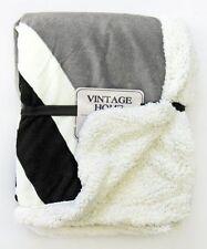 Just Contempo 100% Polyester Vintage/Retro Decorative Throws