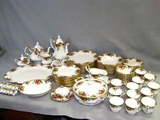 103 Pc Set Royal Albert Old Country Roses Bone China Service for 12 w/ Serving