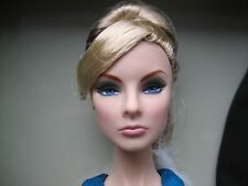 Live Work Play Giselle Diefendorf Mini Giftse Doll Fashion Royalty NRFB Shipper