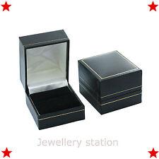 Cuero Anillo Caja De Joyería Compromiso pantalla de presentación de regalo más barato en eBay